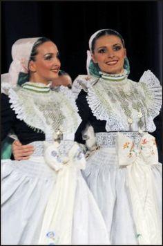 Sorbische Hochzeit in Bautzen Trachten bei einer Sorbischen Hochzeit – Reisenews Online