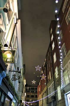 Private tour of London by Night. British Tours since Carnaby Street, London Street, London Christmas Lights, Christmas Holidays, London Night, Holiday Festival, Great Places, Restaurants, Around The Worlds