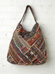 Vintage Tapestry Tote in accessories-bags Handmade Handbags, Handmade Bags, Tapestry Bag, Indian Tapestry, Diy Accessoires, Ethnic Bag, Free People Clothing, Boho Bags, Fabric Bags