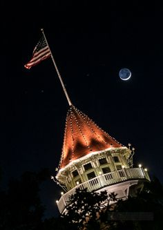 the moon! Obviously we did not sell this. It is simply beautiful del Coronado Beautiful Hotels, Simply Beautiful, Hotel Del Coronado, San Diego Living, Have Fun, Things To Do, Around The Worlds, Fancy, Gallery