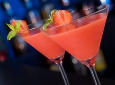 Today's Obscure Holiday is Daiquiri Day! Why not celebrate Daiquiri Day. This refreshing drink was invented in the early in a small mining town of Daiquiri near. Cocktail Fruit, Strawberry Cocktails, Fruity Drinks, Refreshing Drinks, Summer Drinks, Fun Drinks, Cocktail Recipes, Alcoholic Drinks, Strawberry Daquiri