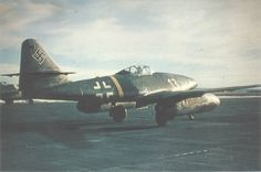 Jet fighter Messerschmitt Me-262A-1a from the third group of the 2nd Fighter Squadron pilot Luftwaffe (III / EJG 2).