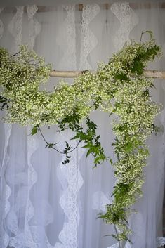 Gypsophila garland. Wedding.