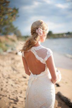 Delicate Lace Keyhole Back Wedding Dress