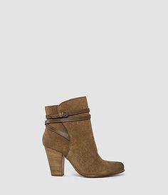 Victoria Heel Boot