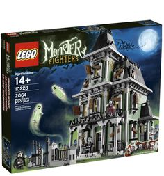 LEGO Monster Fighters Haunted House Enter the Haunted House at your peril!The crooked Haunted House is home to the scariest ghosts and monsters. Tremble in fear as you open the gate, go weak at the knees as you step onto the porch and g. Legos, Lego Haunted House, Haunted Mansion, Boarding Up Windows, Lego Halloween, Halloween Party, Van Lego, Free Lego, Monster House