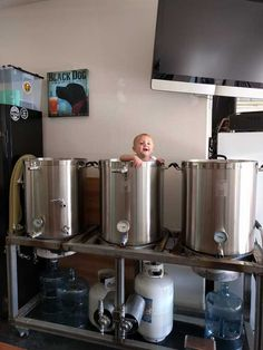 Post with 1887 votes and 125137 views. Shared by ilovebeerandboobies. My Garage Brewery! Brewery Logos, Stainless Steel Taps, Grain Storage, Home Brewery, How To Make Beer, Beer Brewing, Garage, Bar Ideas, Room