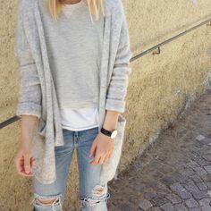 tifmys - H&M cardi and sweater, Zara denim & Daniel Wellington watch.