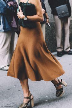 New_York_Fashion_Week-Spring_Summer-2016--Street-Style-Midi_Skirt