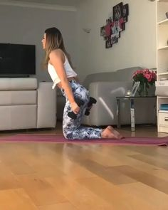 5 Powerful Exercises To Build The Strongest Abs & Core Ever Abs workout to loose belly pooch Get in shape, gym workouts, belly fat workouts, saddlebag workout, ab. Fitness Workouts, Killer Ab Workouts, Sport Fitness, Fitness Motivation, Killer Abs, Fitness Quotes, Fitness Goals, Gym Fitness, Abs Quotes