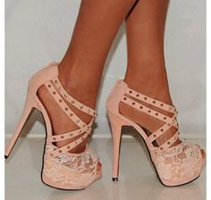 Cheap stilettos can make ladies sexy and charming. Ericdress sells stiletto heels and you have every reason to shop for cheap stiletto sandals from this website. Cute Heels, Sexy Heels, Pretty Heels, Zapatos Shoes, Shoes Heels, Shoes Pic, Nude Sandals, Converse Shoes, Dress Shoes