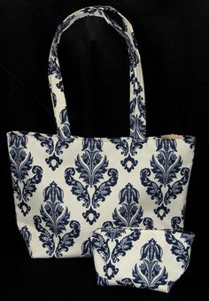 Bucket Bag and Matching Cosmetic Bag. Great every day tote!