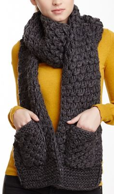 Scarf w/ Pockets to keep your Hands Warm ♡ L.O.V.E.