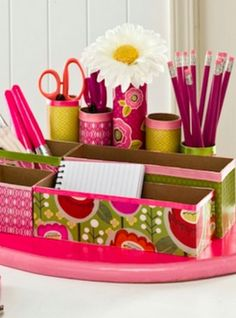 Spice up your desk with this easy DIY organizer :)