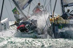 Brenzlige Situation auf dem Vorwindkurs. © Rolex / Kurt Arrigo