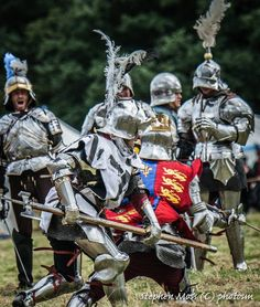 'Battle of Bosworth' courtesy of Stephen Moss/Photosm … Medieval Knight, Medieval Armor, Medieval Fantasy, Valhalla, Sword Fight, Landsknecht, Wars Of The Roses, Plantagenet, Early Middle Ages