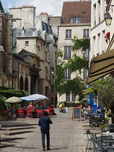 From Paris With Love: Rue des Barres
