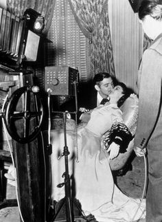 """Behind the scenes of """"Gone With the Wind"""" Vivien Leigh and Clark Gable"""