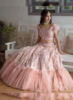 Lehenga Designs Latest, Lehenga Choli Designs, Wedding Lehenga Designs, Designer Bridal Lehenga, Ghagra Choli, Sharara, Pink Lehenga, Indian Lehenga, Net Lehenga