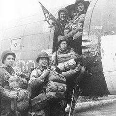 A group of U.S soldier from the 504th PIR (Airborne) Division with a C47. Note, these soldiers wearing a M43 Uniform. Photo was taken in 17th September 1944 during in the Operation Market Garden