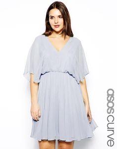 ASOS CURVE – Exklusives Kleid mit Engelsärmeln
