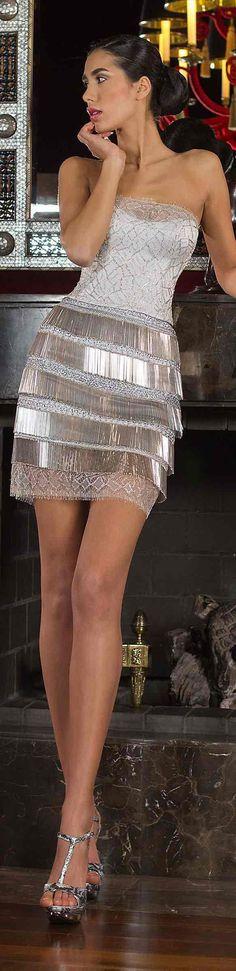 Vestidos cortos para las fiestas en blanco y plateado. Este modelo es una maravilla y te aseguro serás el centro de atención en las fiestas