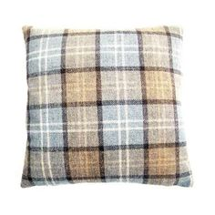 Stylish and modern range of cushions available at Dunelm. Beautiful collection of filled cushions and cushion covers in a range of colours and sizes. Bedroom Cushions, Bolster Cushions, Sofa Cushion Covers, Scatter Cushions, Throw Pillows, Cushion Filling, Living Room Bedroom, Soft Furnishings, Home