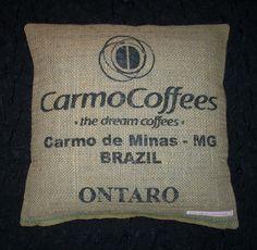 Kaffeesack-Kissenbezug zu finden bei http://de.dawanda.com/shop/gioiella