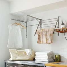Laundry room layout: r - Wood Decora la Maison Laundry Room Layouts, Laundry Room Design, Wardrobe Rack, Architecture Design, Sweet Home, New Homes, Storage, Bed, Inspiration