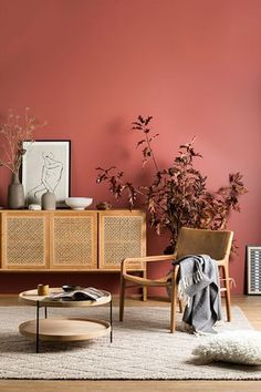 Terracotta decor: 5 ways to adopt it at home – Bedroom Inspirations Decor, Pink Walls, Beautiful Bedroom Designs, Bedroom Design, Colorful Interior Design, Beautiful Bedrooms, Home Decor, Colorful Interiors, Shabby Chic Living Room Furniture