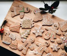 Gingerbread Cookies, Desserts, Blog, Gingerbread Cupcakes, Tailgate Desserts, Deserts, Postres, Blogging, Dessert