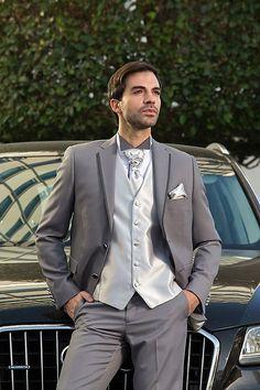 Αποτέλεσμα εικόνας για ΜΙΛΑΝΟ ΓΑΜΠΡΙΑΤΙΚΑ ΚΟΣΤΟΥΜΙΑ Suit Jacket, Breast, Suits, Jackets, Fashion, Down Jackets, Moda, Fashion Styles, Suit