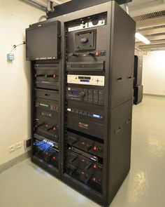 Home theater equipment rack | More at http://www.cedia.org/inspiration-gallery/the-show-must-go-on
