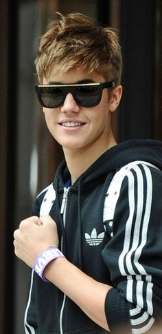 Justin Bieber is going to be my boy friend and I am going to meat him with some friend