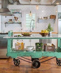 Cool 50 Totally Inspiring Vintage Farmhouse Style Kitchen Island Ideas. #VintageFarmhouseStyleKitchenIsland