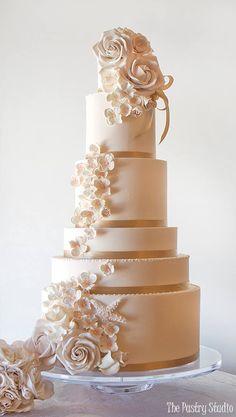 Featured Cake:The Pastry Studio;www.thepastrystudio.com; Wedding cake idea.