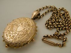 Hey, I found this really awesome Etsy listing at https://www.etsy.com/listing/175550138/c1880-9k-gold-true-love-victorian-locket