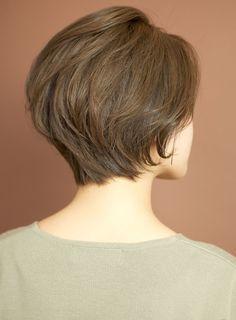 Love the cut/shape Haircuts For Fine Hair, Short Hairstyles For Women, Hairstyles Haircuts, Shot Hair Styles, 50 Hair, Hair Designs, Short Hair Cuts, Hair Lengths, Medium Hair Styles