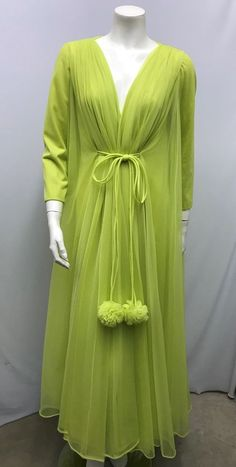 Sleep Set, Vintage Lingerie, Nightgown, Parrot, Claire, Vintage Ladies, Ann, Vintage Outfits, Sexy