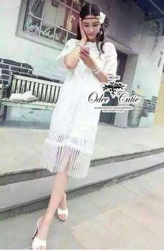 Bohemian hollow lace midi dress  ♥Odee&Cutie Daily Fashion 2015♥  เดรสลูกไม้ เซาะลวดลาย ดีเทลตัดต่อไหมที่ชายกระโปรงปล่อยเป็นระบายเส้นๆ ปลายแขนกว้าง มีซับใน เป็นเดรสสายเดี่ยวนะคะ ทรงสวยเหมือนนางแบบค่ะ    สนใจ ติดต่อ :  Facebook   : www.facebook.com/adsdress  Line            : @adsdress Instagram   : @adsdress Tel.              : 0986967889 E-mail         : adsdress@hotmail.com