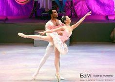 Proudly mexican ballerina