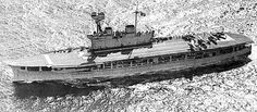 an early aerial view of HMS Eagle Royal Navy Aircraft Carriers, Navy Carriers, Naval History, Us History, Military Weapons, Military Aircraft, British Aircraft Carrier, German Submarines, Landing Craft