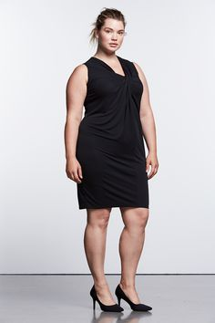 Take the stress out of picking the perfect necklace—the dramatic, draped neckline of this sheath dress is statement enough. Pair with chic black flats for the perfect date night look. Find the Simply Noir collection of little black dresses from Simply Vera Vera Wang, only at Kohl's. Available in women, women's plus and petites.