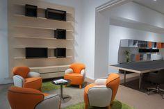 Butacas modelo POLPETTA Showroom, Barcelona, Home, Model, Ad Home, Barcelona Spain, Homes, Fashion Showroom, Haus