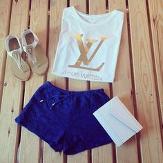 Gorgeous dark blue crochet lace shorts with top tee and white leather modern clutch and stylish ladies shoes the best summer outfits