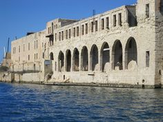 2 Harbours Cruise - 10 creeks in and around Sliema and the Grand Harbour of Valletta, Malta (3) by CyprusPictures, via Flickr
