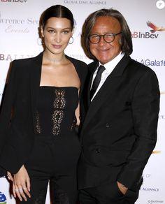 """Bella Hadid avec son père Mohamed Hadid arrivent au gala pour la soirée """"Uniting for a Lyme-Free World"""" à New York City, New York, Etats-Unis, le 13 octobre 2016. © Charles Guerin/Bestimage"""
