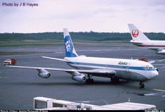Older serious Eskimo tail and United stripe (ex United aircraft). - Photo taken at Anchorage - Ted Stevens International (ANC / PANC) in Alaska, USA in June, Boeing 720, Boeing Aircraft, Civil Aviation, Aviation Art, Illinois, Alaska Airlines, Commercial Aircraft, World Pictures, Aerial View