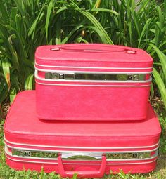 vintage pink luggage for my PINK roadtrip!