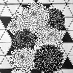 Марина Астахова - современный российский художник-абстракционист, черпающий вдохновение в смелых цветах и формах природных объектов